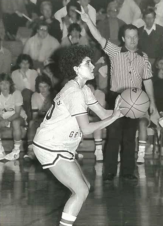 Gina Castelli